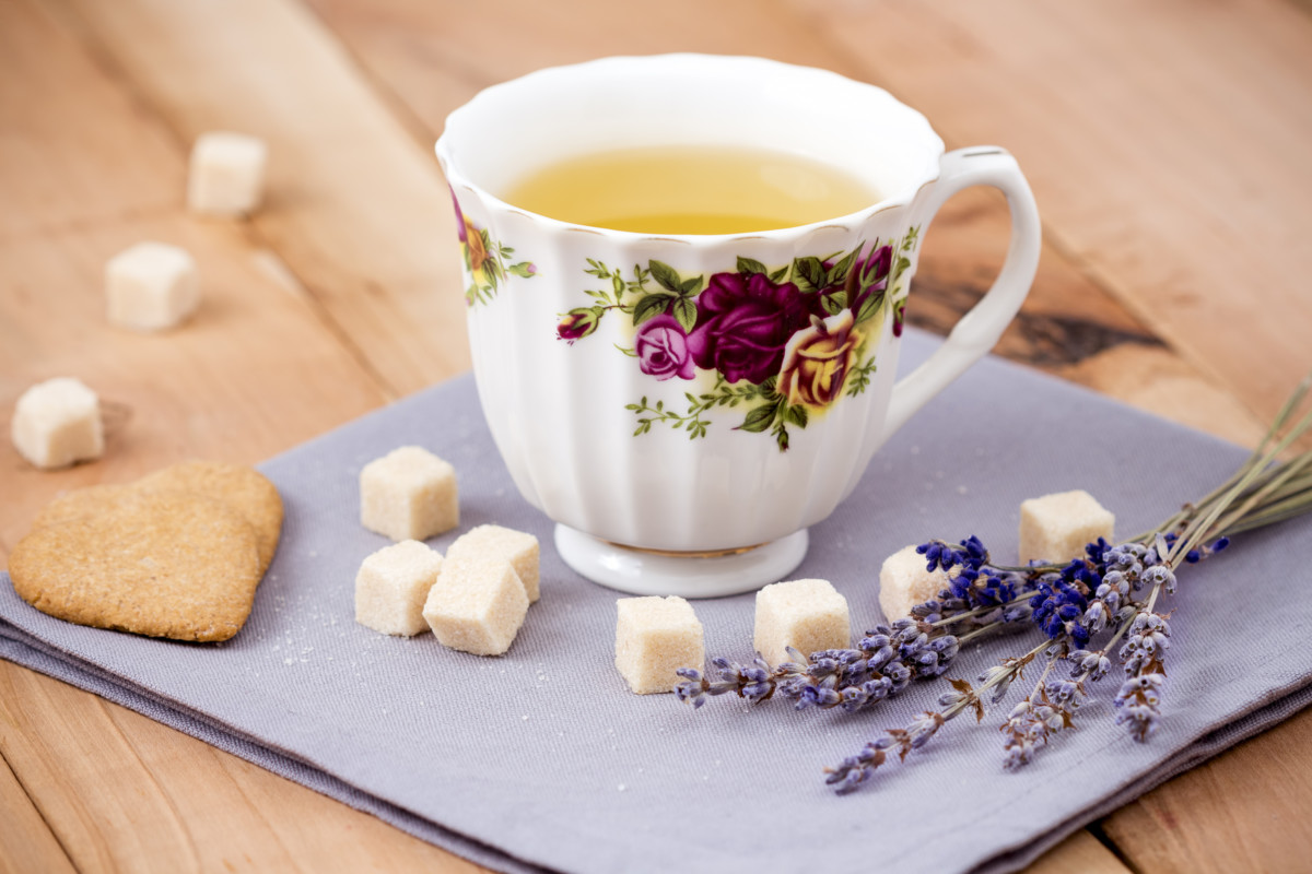 Lavender can be used to taste tea