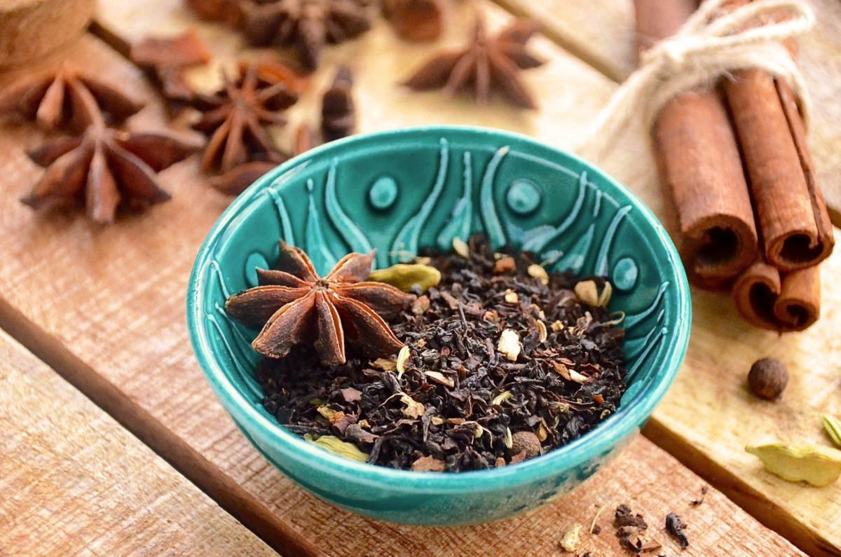 Tea with pepper and cloves
