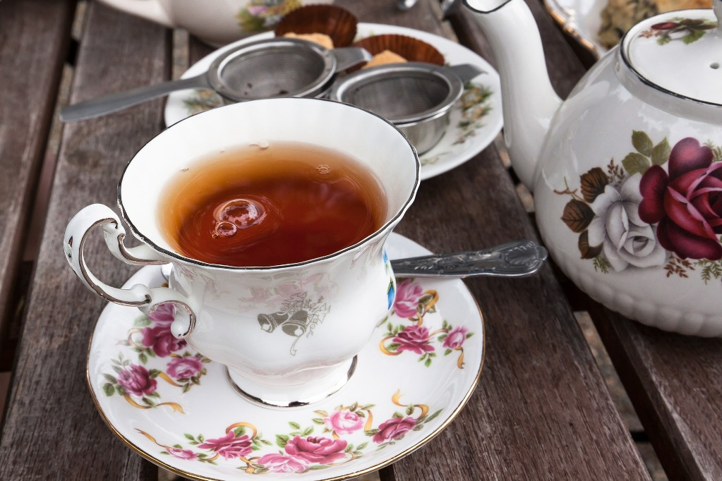 Bergamot tea can be drunk at any time of the day