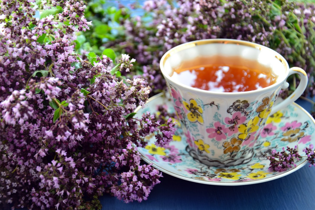 You can add lavender flowers instantly while brewing your favorite black tea