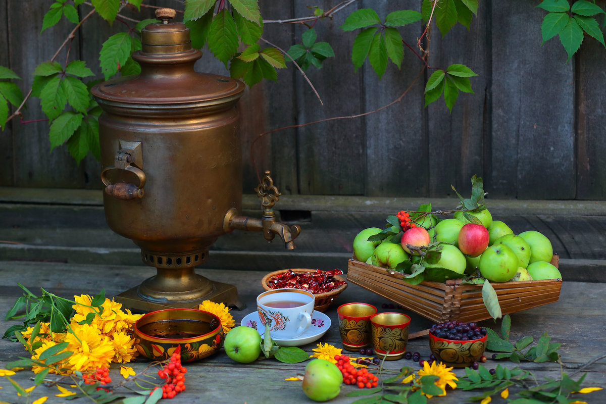 Apple tea is a source of health, it protects against cardiovascular disease, colds and other diseases